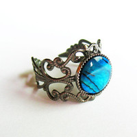 Abalone Ring  - Gunmetal Vintage-Style Filigree Ring with Abalone Cabochon