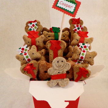 Christmas Dog biscuit gift basket, unique gift, custom, personalized, holiday, treats