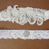 Lace bridal Garter Set, Shabby Chic Vintage Style Wedding garter, Ivory Bridal Garter, Wedding gift