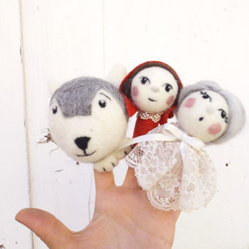 Felt Finger puppets Little Red Riding hood, storytelling for kids with mini dolls. Needle felted art dolls set. Wolf, child and grandma