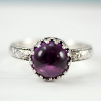 Amethyst ring, 925 sterling silver, vintage floral band, 8 mm gemstone, February birthstone, purple ring, antique style, crown setting