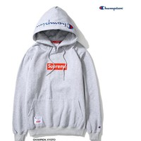 """Supreme""""Champion""Contracted hooded sweater Grey"