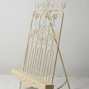 Painted Metal Picture Stand Shabby Cookbook Book Holder Off White Beaded Chain Ornate Chic Vintage Style Decor