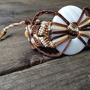 Handwoven shell macrame bracelet with natural horn beads boho bohemian gypsy elvin tribal macrame micromacrame