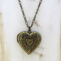 Esabella - Antiqued Heart Locket Pendant