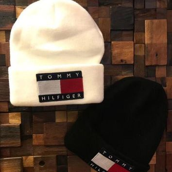 PEAPON TOMMY HILFIGER Fashion Beanies Winter Embroidery Hat Cap