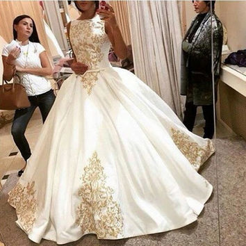 Dreaming 2017 Gold Embroidery Wedding Dress Sleeveless Satin Ball Gown Simple vestido de noiva Wedding Bridal Gowns Hot Sale
