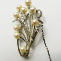 Vintage Brooch Fresh Water Pearls by theluxeproject on Etsy