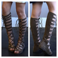 A Warrior Laceup in Taupe