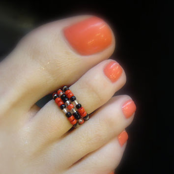 Toe Ring, Red Beads, Black Beads, Silver Lined Beads, Bead Toe Ring
