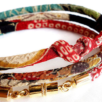 Kimono Bracelet, Japanese chirimen choker, Autumn deep red yellow green black - HANA MORI -