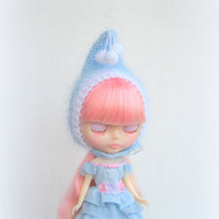Blythe doll hat soft and fluffy, knitted hat, blythe helmet, blythe outfit, blythe doll gnome hat, pixie hat, beanie, blue, white