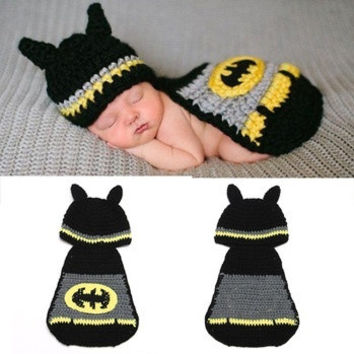 Hot Sale Unisex Cute Kintted Hand Crochet Baby Photography Props Newborn BATMAN Hat and Cover Set Infant Animal Beanie Hats
