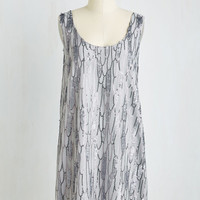 Vintage Inspired Mid-length Sleeveless Shift Alluring Electricity Dress
