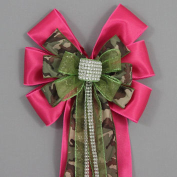 Hot Pink Camo Bling Bow