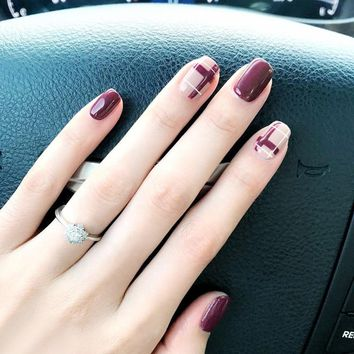 False Nail Tips Artificial Fake Nails Full Cover Art Designs 24Pcs Extensions Chocolate Color Candy Short Red Stickers Nail Set