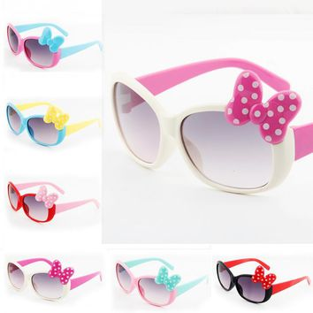 Bowknot Style Cartoon Sunglasses Outdoor Cute Baby Boys Girls Kids Childrens Goggles Glasses