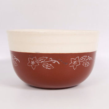 Vintage Oxford Stoneware Cream Brown Mixing Bowl Nesting Bowl Hand Painted White Flowers Kitchen Pottery