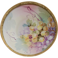 Nippon Bowl Centerpiece Hand Painted Grapes Raised Gold Moriage Beading