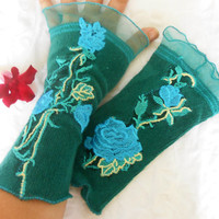 Pine green gloves, Green mittens, Pine green velvet gloves, Gift gloves, Flower gloves, Welvet gloves, Applique gloves, Design mittens