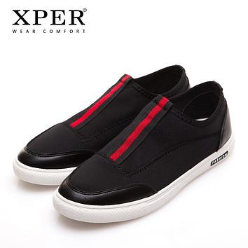 Fashion Men Flats Men Casual Shoes Slip-on Black Men Loafers Breathable Male Vulcanized Shoes
