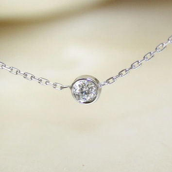 Solitaire diamond and 18k white gold necklace Bezel by bellallure