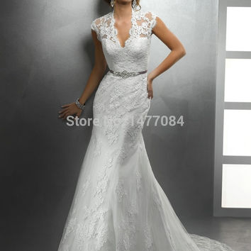 New Arrival Sweep Train Beautiful Designer See Through Neckline Sexy Lace Wedding Dresses Keyhole Back 2015