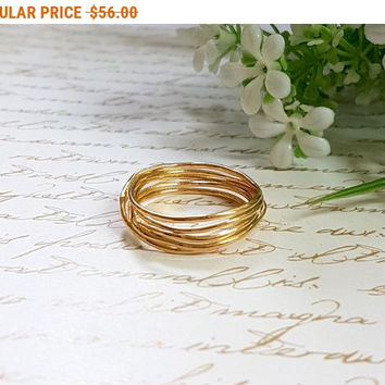 SALE - Gold Wire Ring, Wire Wrapped Ring, Unique Gold Wedding Band, Gold Ring, Wire Wrapped Jewelry, Infinity Ring, Minimalist Ring, Nest...