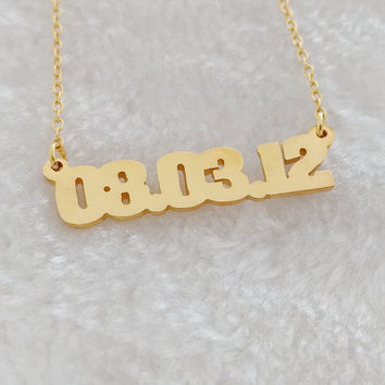 item gold wedding out numeral roman anniversary necklace color vertical gift date cut