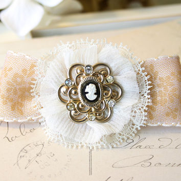 Vintage Cameo Bridal Barrette - Floral Hair Bow Accessory