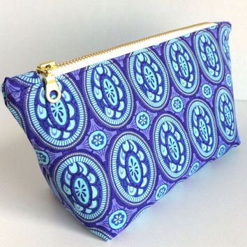 Small Makeup Bag, Purple Makeup Bag, Small Cosmetic Bag, Purple Cosmetic Bag, Purple Zipper Pouch, Purple Planner Pouch, Purse Pouch