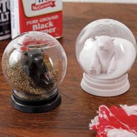 Snowglobe Salt & Pepper