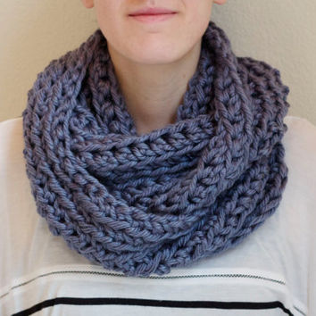 Light Blue Chunky Infinity Scarf, Blue Cowl Scarf, Crochet Circle Scarf, Denim Blue Ribbed Chunky Scarf Infinity