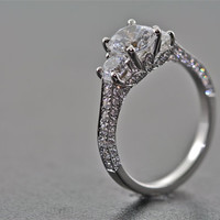14kt White Gold and Diamonds 3 Stone Engagement Ring