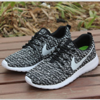 NIKE ROCHE YEEZY Fashion Running Sport Casual Shoes Sneakers  Black(white hook)