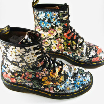 Down! Yes, Vintage floral dr martens right! So