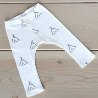 Baby Leggings - Teepee Print Organic Cotton Knit Exclusive to Weelittlenuggs!