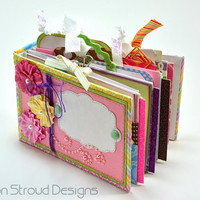Handmade Easter Mini Scrapbook