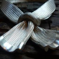 Sterling silver bow necklace silver weave by Ellishshop on Etsy