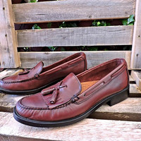 Womens Vintage Weejuns Bass loafers 9 M /  leather penny loafers / Made in Brazil / oxblood tassel loafers