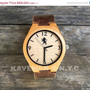 SALE Engraved Wood Watch with Genuine Leather. Personalized Watch. Fathers. Mens Watches. Mens Personalized Watch. Chicago Watch. Kavemen.