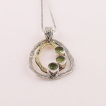 Peridot Three Sisters Two Tone Sterling Silver Pendant - keja Jewelry