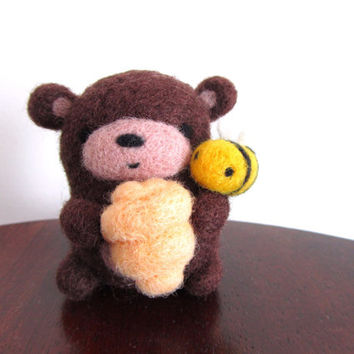 Felt Bear with Beehive and Bee, Needle Felted Bear, Miniature Bear, Teddy Bear, Brown Bear Ornament, Wool Bear, Soft Sculpture, Felt Toy