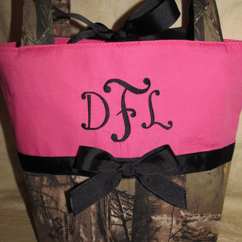 custom handmade hot pink and realtree camouflage purse your choice name or initials