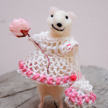 Needle Felted Animal, Felted mouse, Cute figurine, Dolls and miniature,  great gift!