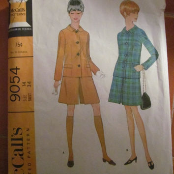 SALE 1967 McCall's Printed Sewing Pattern, 9054! Size 14, Bust 34, Misses, Women's, Juniors, Suit, Culottes, Skirt, Jacket.