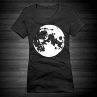 Full Moon Fitted Crew Tee For Women In Black