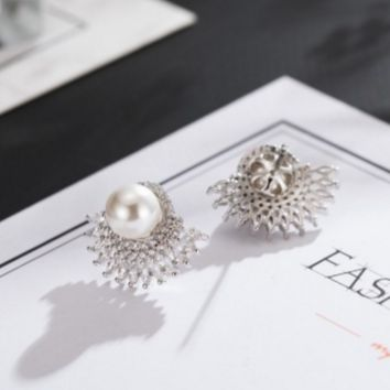 Fashion zircon pearl earrings