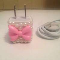 Pink Bow with Pearls  IPhone 4 & 4s charger