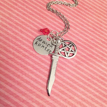 Demon Hunter Supernatural Necklace - Supernatural Jewelry - Team Free Will Jewelry - Fandom Jewelry